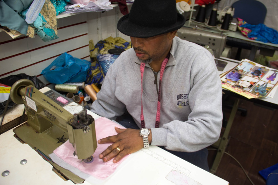 Hire a tailor online in Nigeria using post4solution